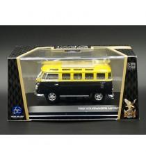 VW VOLKSWAGEN T1 SAMBA DE 1962 MICROBUS TOIT FERMÉ 1:43 LUCKY DIE CAST, DANS SA BOÎTE
