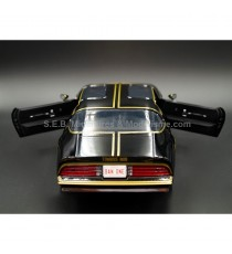 PONTIAC TRAN-AM SMOKEY AND THE BANDIT I 1977 1:18 GREENLIGHT VUE ARRIERE