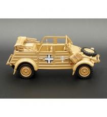 VW VOLKSWAGEN KÜBELWAGEN 82 SABLE 1940 1:43 CARARAMA VUE DE DROITE