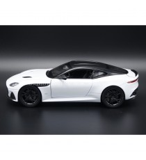 ASTON MARTIN DBS SUPERLEGGERA DE 2018 BLANC 1:24 WELLY