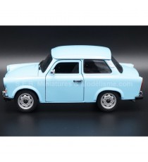 TRABANT 601 BLEU 1:24 WELLY