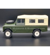 LAND ROVER 109 PICK-UP SERIE II VERT/SABLE 1:18 MCG