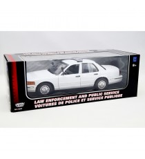 FORD CROWN VICTORIA INTERCEPTOR 2001 POLICE USA 1:18 MOTORMAX