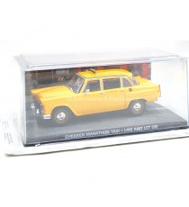 CHECKER MARATHON TAXI DU FILM JAMES BOND 007 VIVRE ET LAISSER MOURIR 1:43 PRESSE