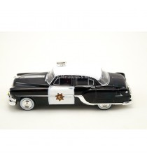 PONTIAC CHIEFTAIN PATROUILLE POLICE USA CALIFORNIA EDITION LIMITÉE 1000 pcs  1:43 WHITEBOX