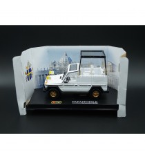"MERCEDES-BENZ 230 GE ""PAPAMOBILE BLANC 1:43 BURAGO"