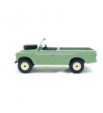 LAND ROVER 109 PICK-UP SERIE II OLIVE CLAIR RHD 1:18 MCG