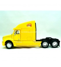 CAMION FREIGHTLINER COLOMBIA JAUNE -1:32 WELLY