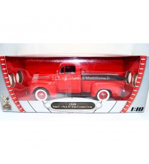 FORD F-1 PICK UP DE 1948 AVEC BÂCHE DE COFFRE ROUGE 1:18 LUCKY DIE CAST