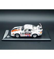 PORSCHE 911 GT2 ENDURANCE 1997 N°77 1/43 SOLIDO