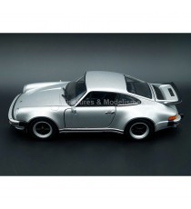 PORSCHE 911 TURBO 3.0 1974 GRISE 1/24 WELLY, CÔTÉ GAUCHE